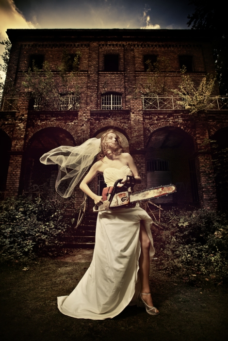 Multiblitz Beauty Dish Chainsaw Bride Shoot